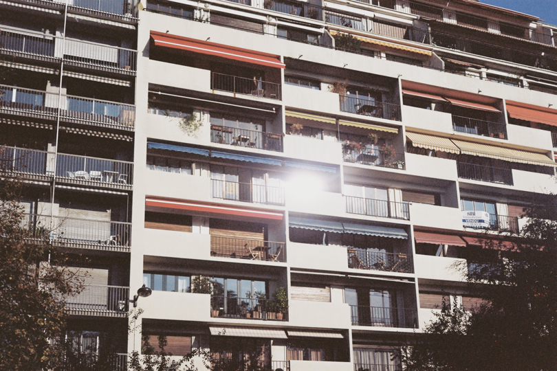 http://www.ibarelyremember.com/files/gimgs/14_immeuble.jpg